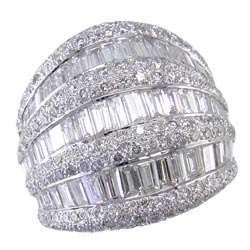 L1170 18KW Diamond Ring