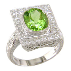 L0409 18KW Peridot and Diamond Ring