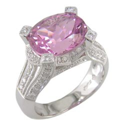 L0651 18KW Kunzite and Diamond Ring