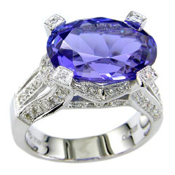 L0651 18KW Tanzanite & Diamond Ring